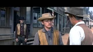 getlinkyoutube.com-el hombre de las pistolas de oro