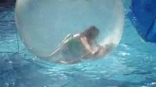 getlinkyoutube.com-Chris Arbuckle Sarah Gault Amy arbuckle Simone in beach ball santa ponsa