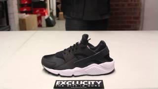 "getlinkyoutube.com-Ladies Nike Air Huarache Run ""Black/ White"" Unboxing Video at Exclucity"