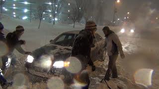 getlinkyoutube.com-Insane Blizzard - Helping Stuck Drivers