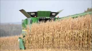 NEW John Deere S690i - Corn Harvest width=