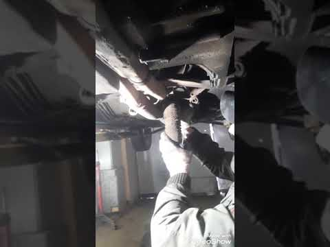 Lancia Thema 1989 год - замена гофр глушителя