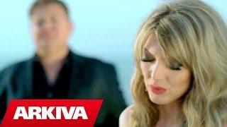 getlinkyoutube.com-Gezim Salaj ft. Alma Velaj - Lot e mall (Official Video HD)