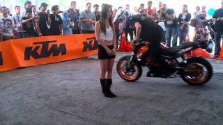 getlinkyoutube.com-Rok Bagoros - KTM 125 Duke Stunt KL Motoexpo 2012