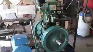 getlinkyoutube.com-Start up of 10HP listeroid diesel engine. Lister clone