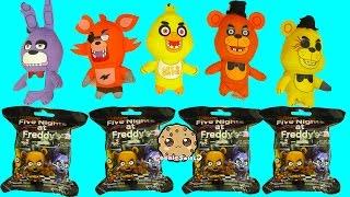 getlinkyoutube.com-Five Nights A Freddy's Surprise Mystery Blind Bags + FNAF Plushies - Cookieswirlc Video
