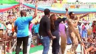 Watch Tiwa Savvage and Don Jazzy Do Dorobucci at APC Presidential Rally in Lagos