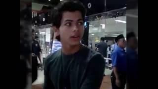 getlinkyoutube.com-Siddharth Nigam, Abhishek & Vibha Aunty leaving to India