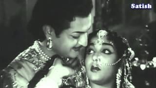getlinkyoutube.com-Nannu Dochukunduvate   Gulebakavali Katha   TeluguOld Classics   NTR   Ghantasala, Susheela   YouTub