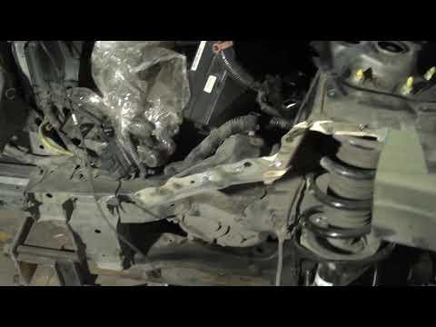 Расположение у Acura TSX топливного фильтра