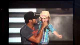 getlinkyoutube.com-Someone Else Calling You Baby - Luke Bryan with 6 year old Kylee