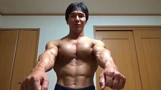 getlinkyoutube.com-筋トレで大胸筋に効く効果的な肘の向き!「肘グリグリ」のやり方を解説!