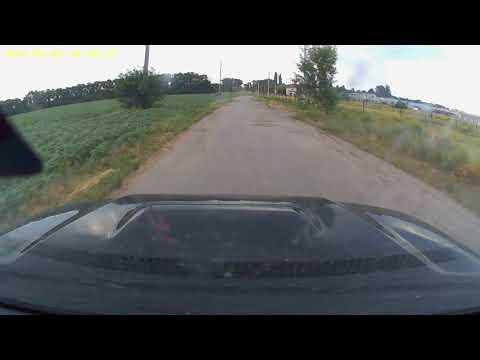 Спринт по разбитой асфальтовой дороге на Toyota 4Runner