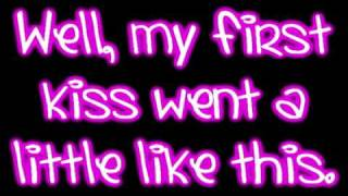 getlinkyoutube.com-My First Kiss - 3OH!3 ft. Ke$ha Lyrics