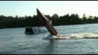 getlinkyoutube.com-Boat Wheelie