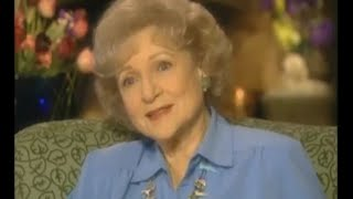 getlinkyoutube.com-Betty White 2000 Intimate Portrait (HD)
