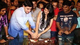 getlinkyoutube.com-Cake Cutting On The Last Day Of Saraswatichandra