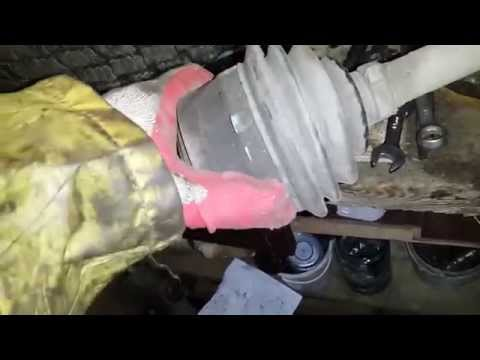 Где находится пыльник на гранате у Ford Connect