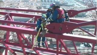 getlinkyoutube.com-Dismantling the World's Largest Tower Crane
