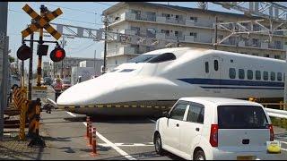getlinkyoutube.com-【ほよよ】踏切通過!700系新幹線!Shinkansen bullet train passing through the level crossing.