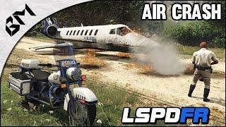 getlinkyoutube.com-GTA 5 - LSPDFR - Air Crash - Moto - Patrouille 06