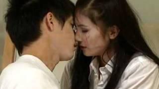 getlinkyoutube.com-The Acting Queen Love-Scene