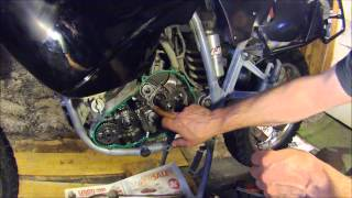 getlinkyoutube.com-Repair on KTM 640 mainshaft bearing slip.wmv