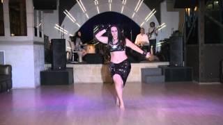 Natalia Fedorova   импровизация под живой оркестр Drum  Base Show в Radiocity