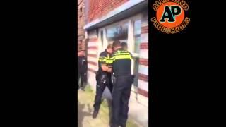 getlinkyoutube.com-Marokkaanse jongen word hardhandig aangehouden!