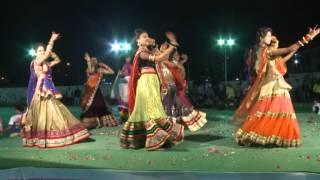 getlinkyoutube.com-Nagada Sang dhol baje dance