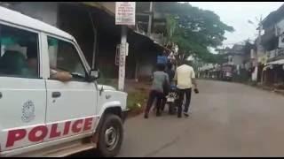 getlinkyoutube.com-Kerala Police Pillerku Kodutha 8nte Pani....