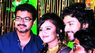 getlinkyoutube.com-Vijay and More Celebrities at VJ Anjana and Kayal Chandran Reception | Marriage