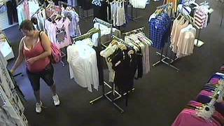 getlinkyoutube.com-shoplifting caught on tape