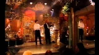 getlinkyoutube.com-9. Graj cyganie - Jacek Wójcicki jako Jan Kiepura, Michał Półtorak - Piwnica pod Baranami