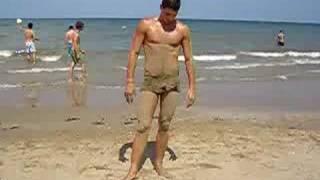 getlinkyoutube.com-a Rimini...il mio ragazzo è stupido...