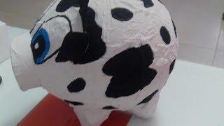 getlinkyoutube.com-Alcancia de vaca con un globo y carton de huevo