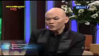 getlinkyoutube.com-Hitam Putih Spesial Idul Fitri - Cinta Laura, Ust Wijayanto, Ulaya Ahdiani [Full Video]
