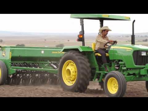 John Deere Lanzamiento Tractores Serie 5D - 5E