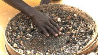 getlinkyoutube.com-كويدو، منطقة وحيدة في صناعة الألماس في سيراليون