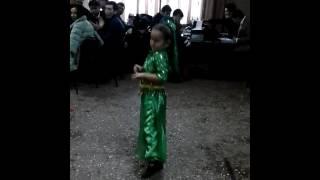 getlinkyoutube.com-Индийский танец мадхубала