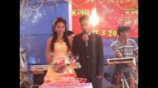 getlinkyoutube.com-Montagnard Wedding/Dam Cuoi (Kpuih Hot & Kpa H'In) Part I