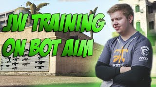 getlinkyoutube.com-CS:GO - Fnatic jw training on bot_aim v4 [CSGO shooting training]