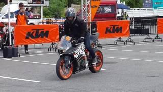 getlinkyoutube.com-KTM RC 200 STUNT by DARK KNIGHT STREET