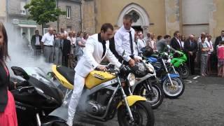 getlinkyoutube.com-Mariage motard, sortie d'église 02/08/2014
