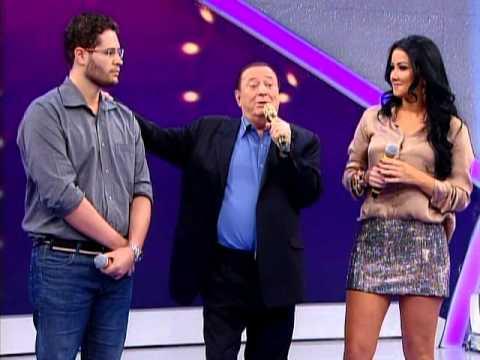 Raul Gil - Helen Ganzarolli, Pedro Leonardo, Hugo e Tiago participam do programa