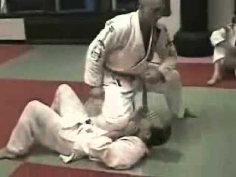 Knee On Belly Setup and Tips - Brazilian Jiu Jitsu Technique