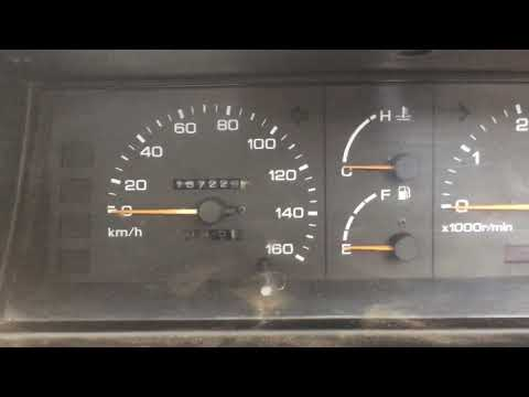 Nissan vanette largo 1989 приборная панель