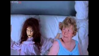 getlinkyoutube.com-scary movie 2: Parodia del Exorcista