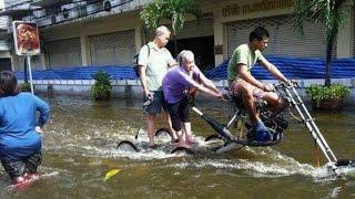 getlinkyoutube.com-Warga Jakarta Terinspirasi Bikin Kendaraan Unik Anti Banjir