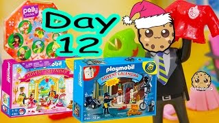 getlinkyoutube.com-Polly Pocket, Playmobil Holiday Christmas Advent Calendar Day 12 Toy Surprise Opening Video